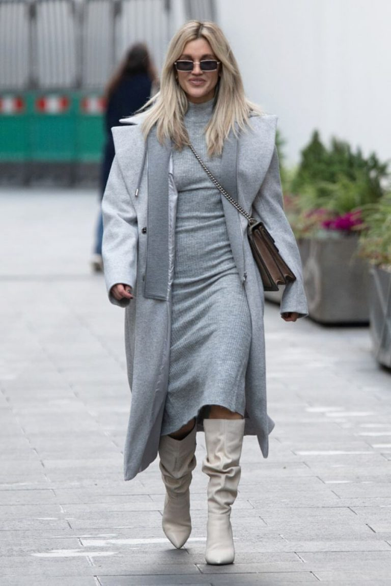 Ashley Roberts seen in Grey Outfit Leaves Heart FM Studios in London 11/26/2020 3