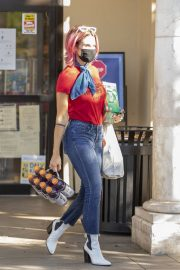 Brittany Furlan in Red and Blue Outfit Out Shopping in Los Angeles 2020/10/28 7