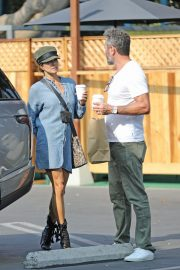 Brooke Burke Out Shopping in Los Angeles 2020/10/08 1