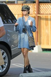Brooke Burke Out Shopping in Los Angeles 2020/10/08 3