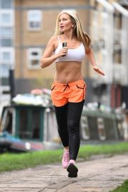 Caprice Bourret Flashes her Toned Abs During Jogging in London 11/23/2020 9