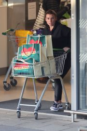 Coleen Rooney Out Shopping in Alderley Edge 2020/11/13 2