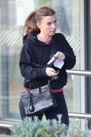 Coleen Rooney Out Shopping in Alderley Edge 2020/11/13 6