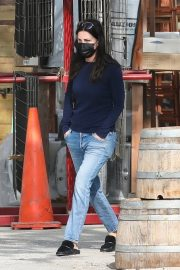 Courteney Cox in Navy Blue Sweater with Denim Out in Malibu 2020/11/23 3