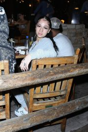 Danielle Bregoli Out for Dinner at Saddle Ranch in West Hollywood 2020/10/28 3