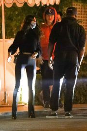 Eiza Gonzalez and Timothee Chalamet Out for Dinner in Los Angeles 2020/10/27 4