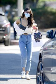 Eiza Gonzalez Out for Coffee in Los Angeles 2020/10/28 4