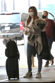 Erin Andrews Arrives at LAX in Los Angeles 2020/11/15 8