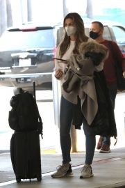 Erin Andrews at Los Angeles International Airport 2020/11/15 1