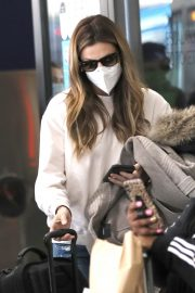 Erin Andrews at Los Angeles International Airport 2020/11/15 4