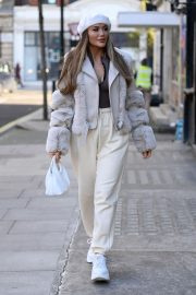 Frankie and Demi Sims walks Out in London 2020/11/27 11