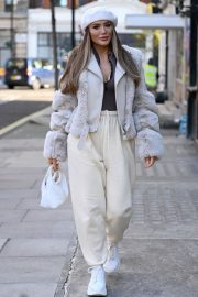 Frankie and Demi Sims walks Out in London 2020/11/27 12