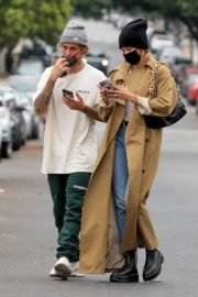 Hailey Rhode and Justin Bieber Out and About in Brentwood 2020/10/22 3