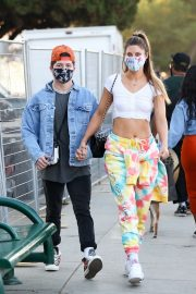 Hannah Stocking Out with her friend in Los Angeles 2020/11/22 3