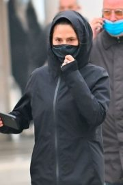 Hayley Atwell Out Jogging in Venice 2020/10/29 2