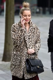 Helen Flanagan Out and About in Manchester 2020/11/23 6