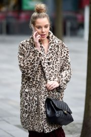 Helen Flanagan Out and About in Manchester 2020/11/23 9