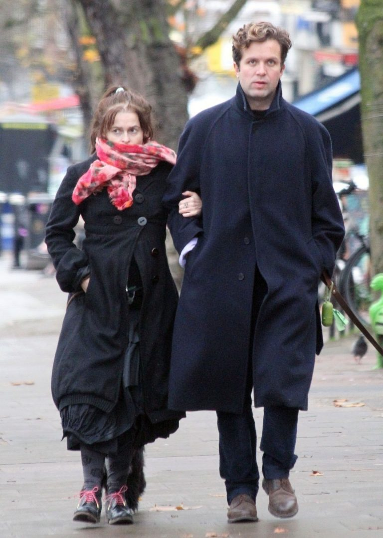 Helena Bonham Carter and Rye Dag Holmboe walks Out in London 2020/11/25 5