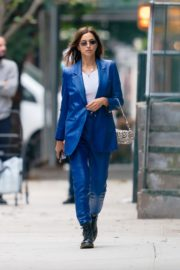 Irina Shayk in Blue Outfit Out and About in New York 2020/10/23 5