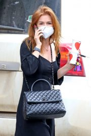 Isla Fisher in Black Outfit Out and About in Sydney 2020/11/26 8