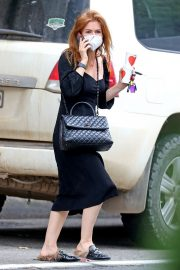 Isla Fisher in Black Outfit Out and About in Sydney 2020/11/26 9
