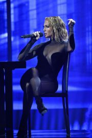 Jennifer Lopez Performs at American Music Awards 2020 in Los Angeles 2020/11/22 12
