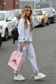 Joanna Chimonides in Grey Sweatshirt with Pants Out in Manchester 2020/11/27 2