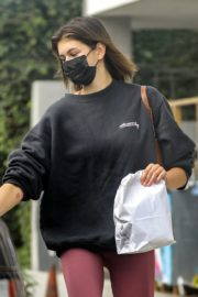 Kaia Gerber in Sweatshirt with Tights Out and About in Malibu 2020/10/21 5