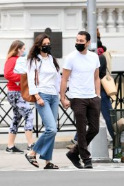 Katie Holmes and Emilio Vitolo Jr Out in New York 2020/11/22 5
