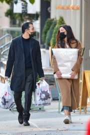 Katie Holmes and Emilio Vitolo Out Shopping in New York 2020/11/16 5