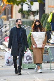 Katie Holmes and Emilio Vitolo Out Shopping in New York 2020/11/16 7