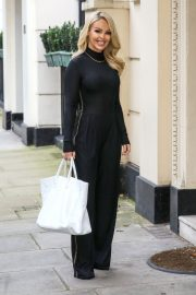Katie Piper Out and About in London 2020/11/26 9