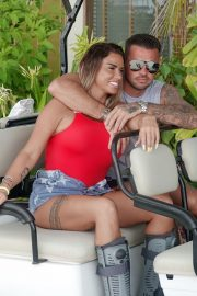 Katie Price and Carl Woods Celebrates Holiday in Maldives 2020/11/05 2
