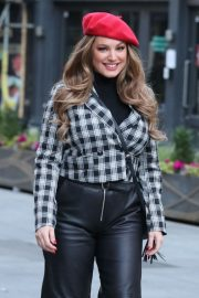 Kelly Brook in Black Leather Long Skirt at Heart Radio in London 2020/11/23 3