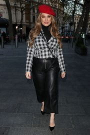 Kelly Brook in Black Leather Long Skirt at Heart Radio in London 2020/11/23 5