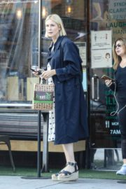 Kelly Rutherford at Kreation Organic Juicery in West Hollywood 2020/10/22 1