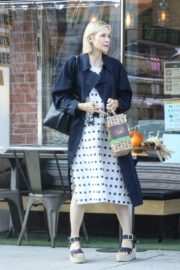 Kelly Rutherford at Kreation Organic Juicery in West Hollywood 2020/10/22 2