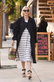 Kelly Rutherford at Kreation Organic Juicery in West Hollywood 2020/10/22 6