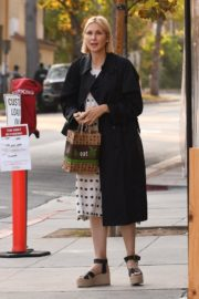 Kelly Rutherford at Kreation Organic Juicery in West Hollywood 2020/10/22 8