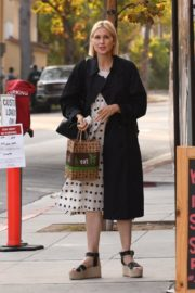 Kelly Rutherford at Kreation Organic Juicery in West Hollywood 2020/10/22 10