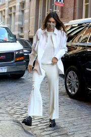 Kendall Jenner in Fully White Outfit Out in New York 2020/11/22 2