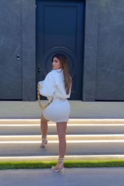 Kylie Jenner in White Short Dress Photos 2020/10/22 2