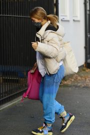 Maisie Smith Leaves Strictly Come Dancing Rehearsals in London 2020/11/26 5