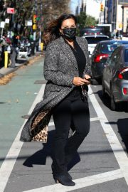 Mariska Hargitay on the set of Law & Order Special Victims Unit in New York 2020/11/16 2