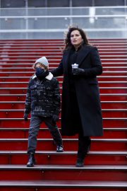 Mariska Hargitay on the set of Law & Order: Special Victims Unit in New York 2020/11/22 2
