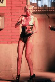 Miley Cyrus flashes her legs during Her Music Video Shoot in Brooklyn 10/01/2020 3