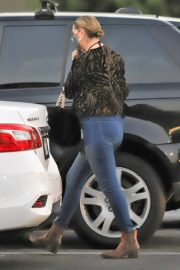 Mischa Barton Out Shopping in Los Angeles 2020/10/22 3