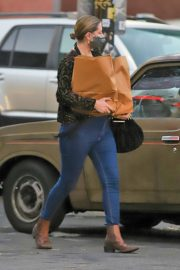 Mischa Barton Out Shopping in Los Angeles 2020/10/22 4