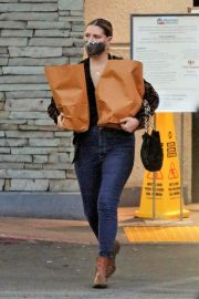Mischa Barton Out Shopping in Los Angeles 2020/10/22 8