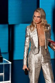 Model Cara Delevingne at American Music Awards 2020 in Los Angeles 2020/11/22 2